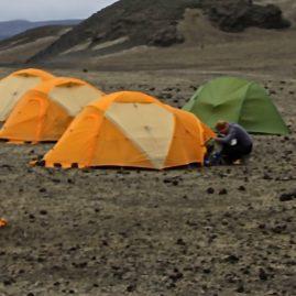 2. kennisetning – Ferðastu um og tjaldaðu þar sem gróður og jarðvegur þolir
